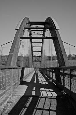 Il ponte sul lago di beatrice.maccelli