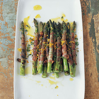 Pancetta-Wrapped Asparagus with Citronette.