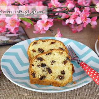Raisin Bundt Cake
