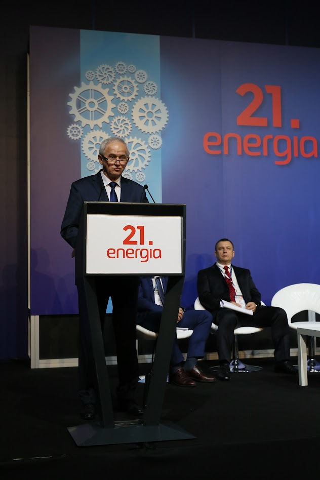 "Polish Energy Minister Krzysztof Tchórzewski, ""We are rejecting that,"" zero emissions by 2050 in the power sector."