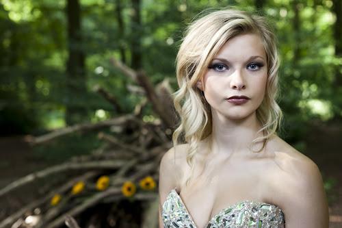 Lauren by Antony Sendall - People Portraits of Women ( glamour, fashion, blonde, forest, beauty, den, woods, portrait )