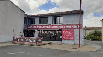 locaux professionels à Saint-Aubin-le-Cloud (79)