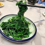 K12. Stir Fried Snow Pea Leaf 清炒豆苗
