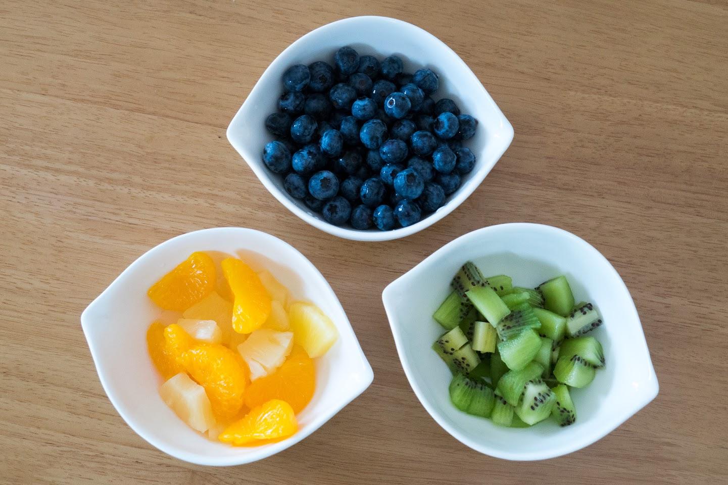 黒千石のもっちりパンケーキ:フルーツ色々