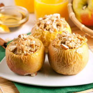 Baked Apples Stuffed With Dried Fruit