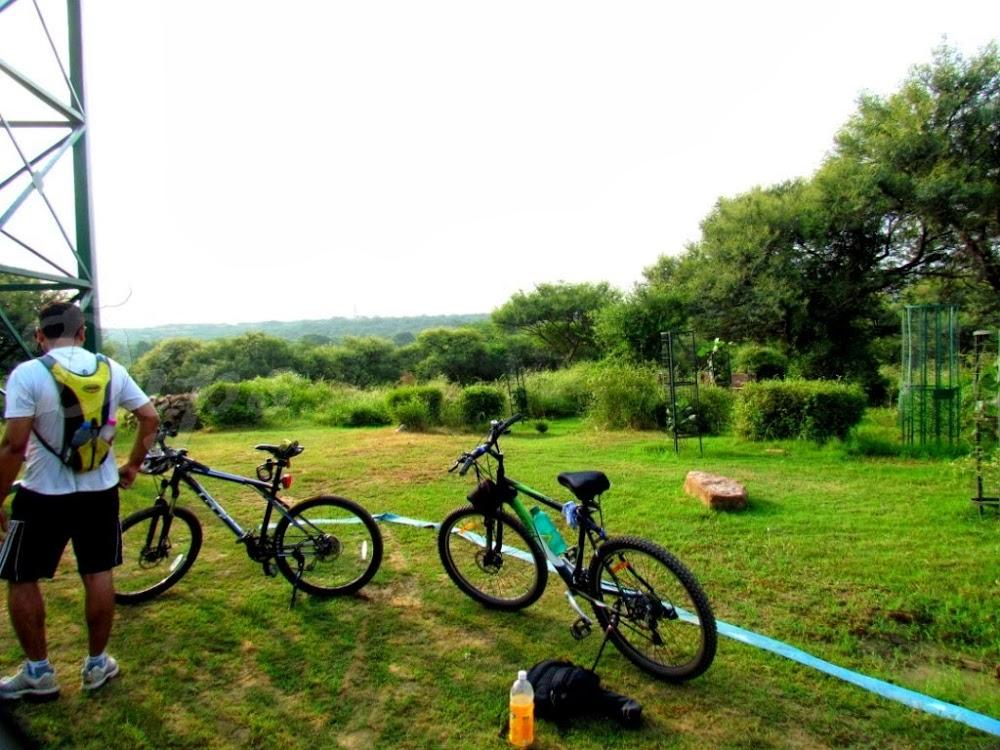 one-day-delhi-experiences-go-cycling-sanjay-van_image