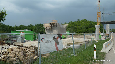 Photo: holcim. brückenfundament für die neubaustrecke bei aichelberg