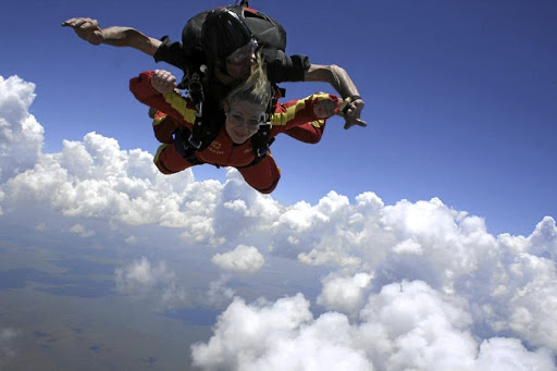 Treat brave teens to a tandem jump.