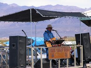 Photo: Richard Elloyan entertains at Stovepipe Wells, CA.