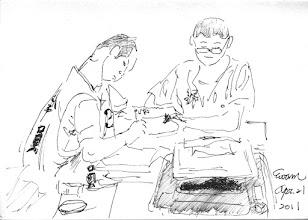 Photo: 忙2011.04.21鋼筆 新收房有忙不完的事,就連文書雜役都得要派助手才能完成工作。