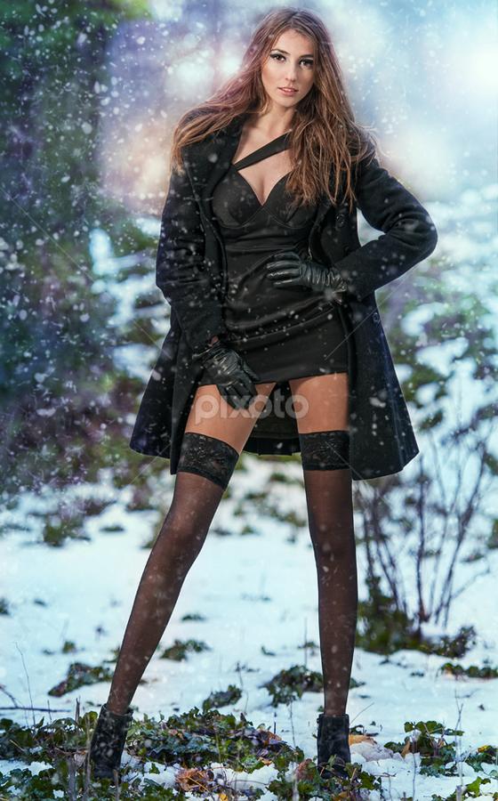 winter fashion shoot by Iancu Cristi - People Fashion ( fashion )