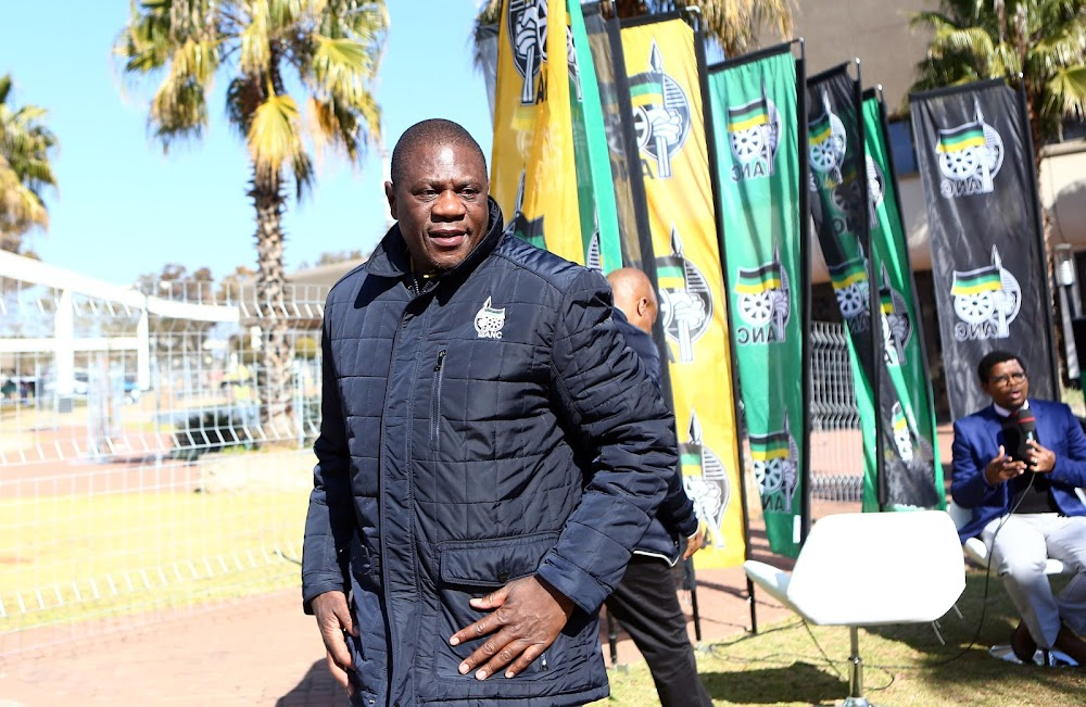 Paul Mashatile self-quarantines, a day after being widowed, after staffer contracts Covid-19 - SowetanLIVE
