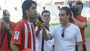 En la presentación de Fabián Vargas como futbolista del Almería.