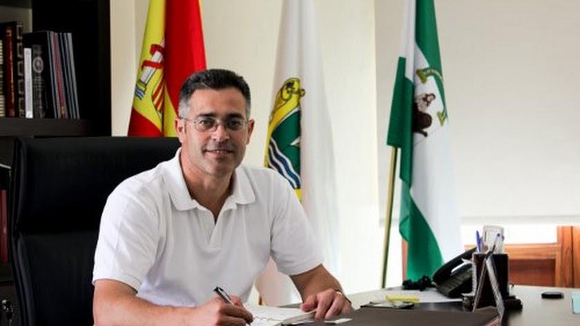 El alcalde de Olula del Río, Antonio Martínez Pascual.