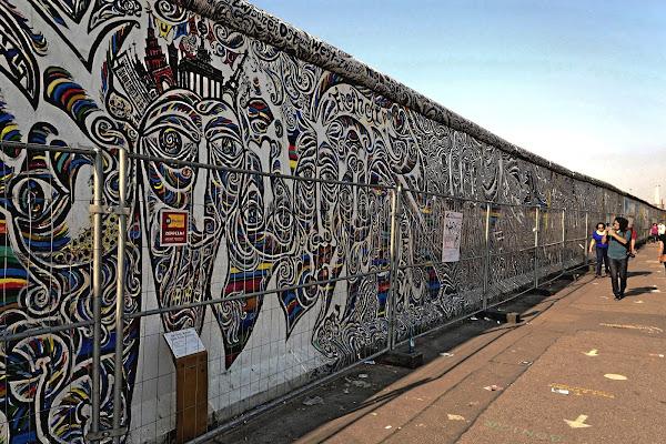 Abbattiamo i muri che ci separano dagli altri di GVatterioni