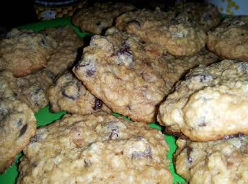 Oatmeal Bacon Chocolate Chip Cookies