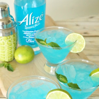Blue Passion Fruit Mojito