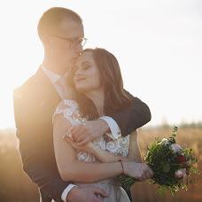 Wedding photographer Yuliya Petrova (Petrova). Photo of 15.02.2018