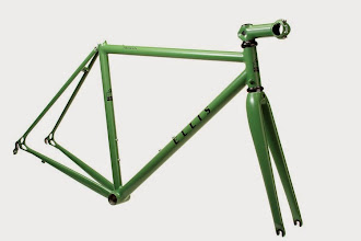 Photo: Cool matte green with black Ellis logos and a 3T stem painted to match.