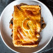 Steak, Stout & Mushroom Pot Pie (Serves 2)