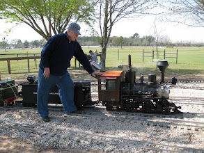 Photo: Bob Sanford holding his loco still when the air brakes stopped working.  HALS 2009-0228