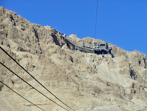 Photo: The cable cars only ran every fifteen minutes on this winter day.