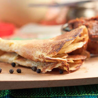 Oats and Besan Cheela Recipe (High Protein Spiced Crepes)