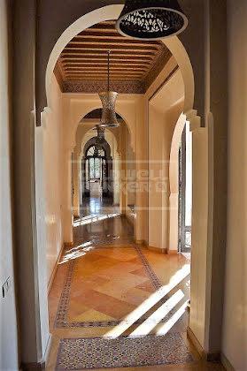 Vente maison 9 pièces 1300 m2
