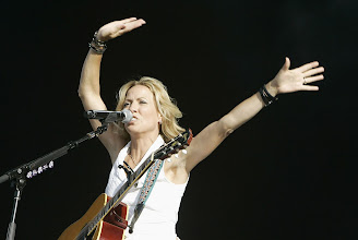 Photo: LONDON - JUNE 28: Sheryl Crow performs at The Hard Rock Calling Festival on June 28, 2008 in London, England. (Photo by Jo Hale/Getty Images) *** Local Caption *** Sheryl Crow