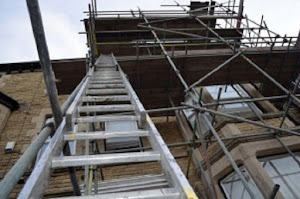 ladder_on_a_scaffold