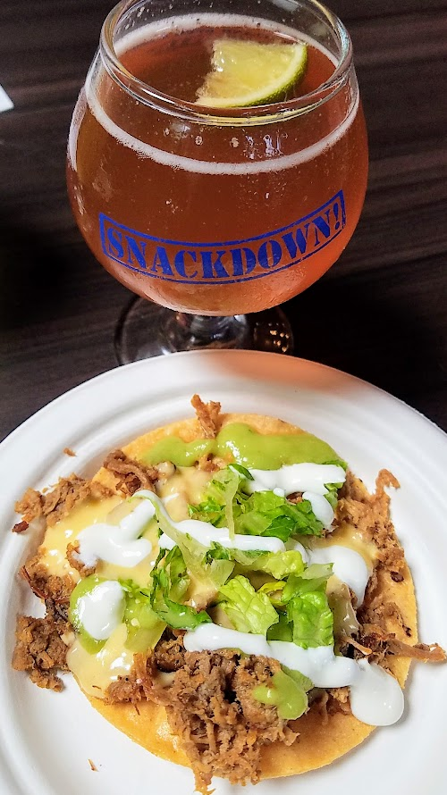 Snackdown 2017 for PDX Beer Week, Mi Mero Mole/Gigantic presented a snack of Barbecue Brisket Tostada with smoked Tillamook cheese sauce with the beer Salted Hibiscus Wit with Lime. I really loved this pairing because the lime in the beer really brought in another level to the tostada's Mexican flavors.