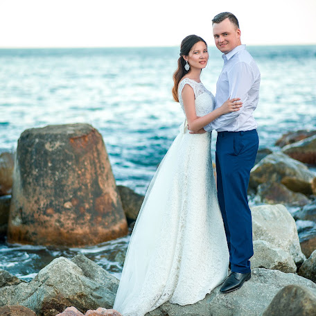 Wedding photographer Inna Ryabichenko (riabinna). Photo of 07.08.2017