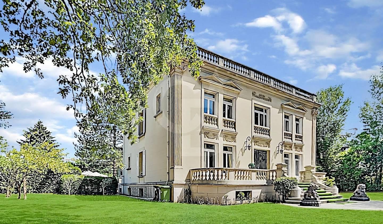 Private mansion Paris 12th
