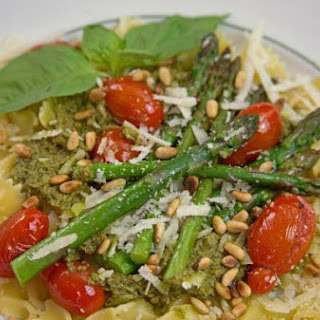 Asparagus and Cherry Tomatoes with Pesto on Farfalle Pasta.
