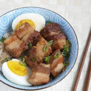 Japanese Braised Pork Belly (Buta no kakuni)