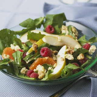 Roquefort and Nut Salad with Pear