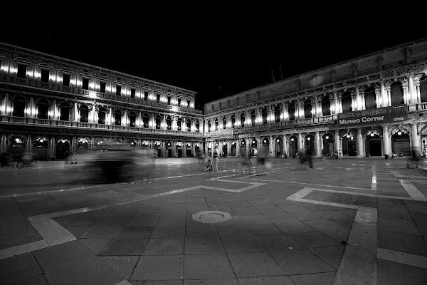 Convergenze notturne di Andrea F