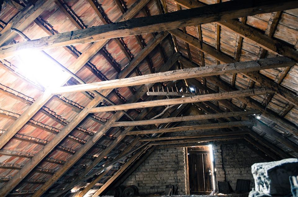 Attic roof truss