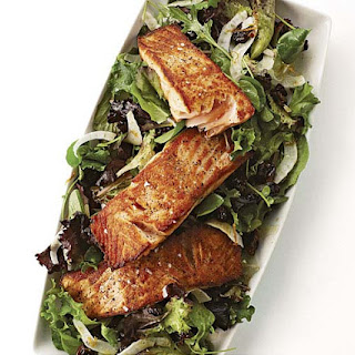 Pan-Seared Salmon with Baby Greens and Fennel