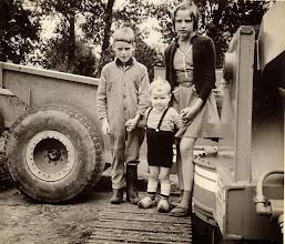 Photo: Roelof, Hendrik Jan en Marchie Mennega