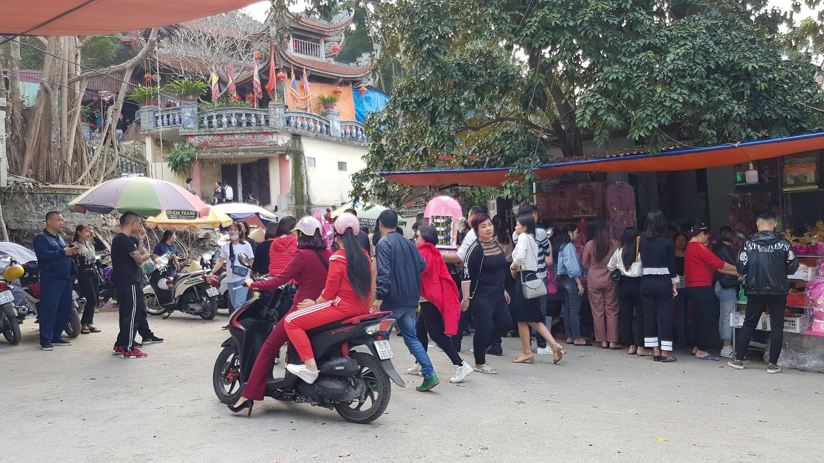 Đường đi đền Cô Chính Suối Rồng ở Đồ Sơn tại Hải Phòng 5