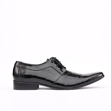 Danby Plain Toe Derby