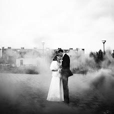 Wedding photographer Roman Urumbaev (eyesnv). Photo of 23.12.2015
