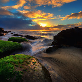 Ona Beach by Zach Blackwood - Landscapes Sunsets & Sunrises ( oregon, february, sunset, beach, ona beach, rocks, coast )