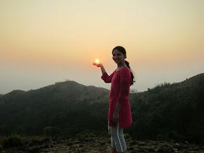 Photo: Hey.. she was good in trekking and also catching surya bhagawan :)