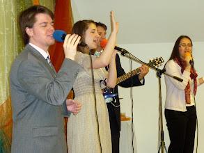 Photo: Dicsőítés a húsvéti Istentiszteleten. 2011. április 24.