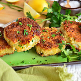 Fish Cakes With Bread Crumbs Recipes.