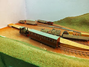 Photo: 022 A short passenger train at Lynne Grant's country terminus, Meadholme. Note the hand built track .