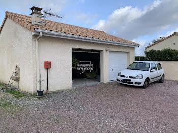 villa à Thuré (86)