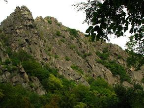 """Photo: Park Narodowy Gór Harc. Wąwóz głębokiej doliny rzeki Bode pod skałą Rosstrappe (GPS """"zgłupiał"""" w wąwozie wśród drzew!). Całkowite przewyższenie 1860m! http://www.bikemap.net/route/1248206#lat=51.76957&lng=11.04468&zoom=11&type=1"""